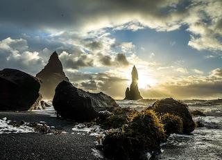 Reynisfjara, la misteriosa spiaggia nera in Islanda