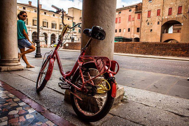 Visitare Ferrara in bici. Foto da Flickr