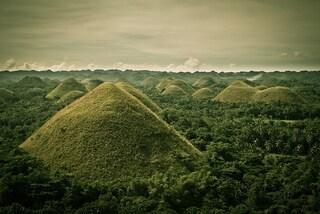 """Chocolate Hills, le colline più """"golose"""" del mondo"""