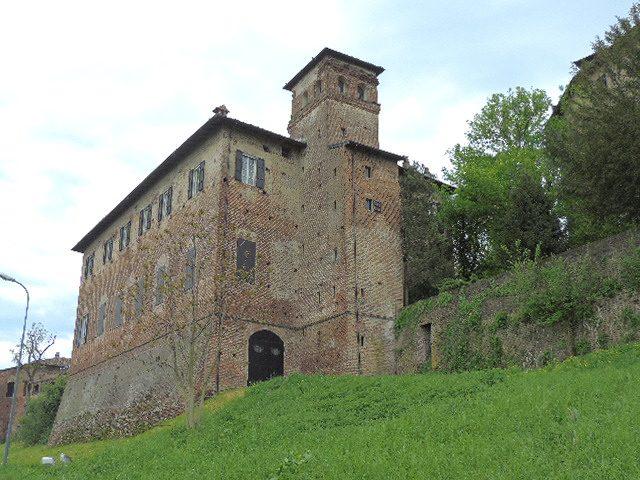 Castello di Sarmato – Foto Wikimedia Commons