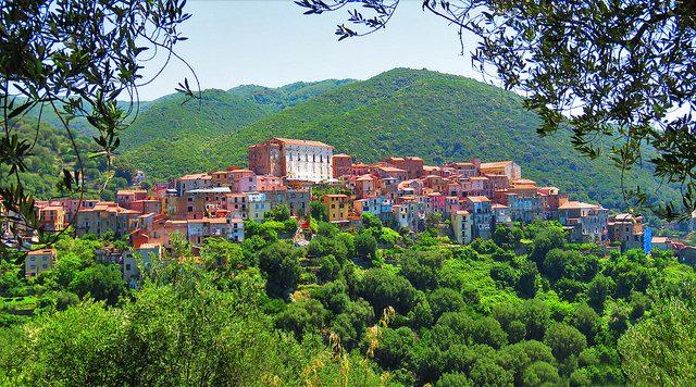 Borgo di Pisciotta. Foto di Gianfranco Vitolo