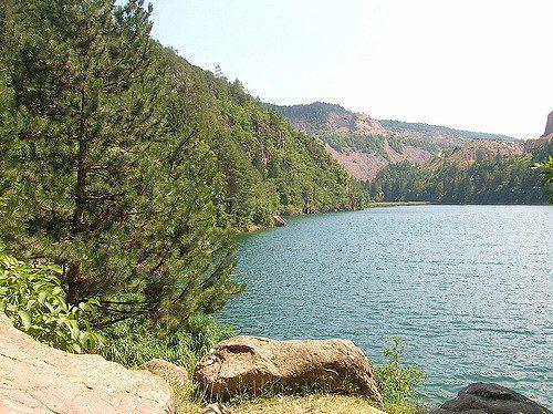 Lago di Lases. Foto di Susanna