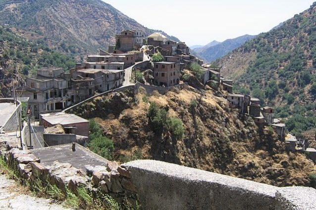 Roghudi Vecchio – Foto Wikipedia