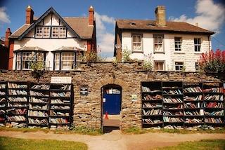 La città dei libri in Galles. Un luogo dove ci sono più libri che abitanti