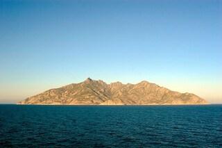 Selvaggia e inespugnabile: Montecristo, l'isola visitabile solo da 100 persone