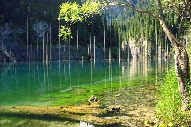 Lago Kaindy – Foto Wikipedia