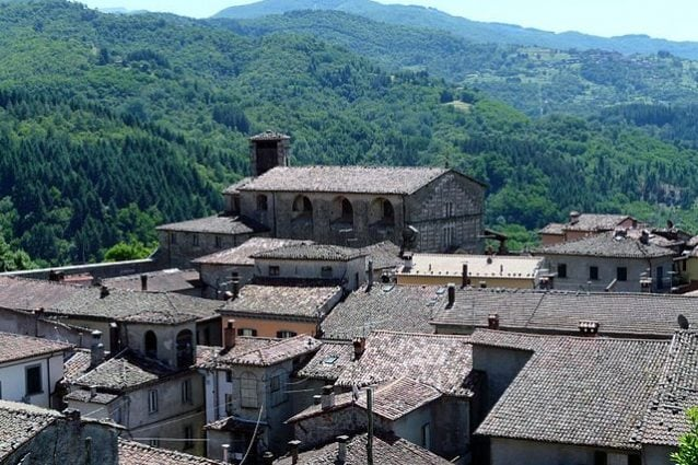 Panorama di Castiglione di Garfagnana – Foto Wikimedia Commons