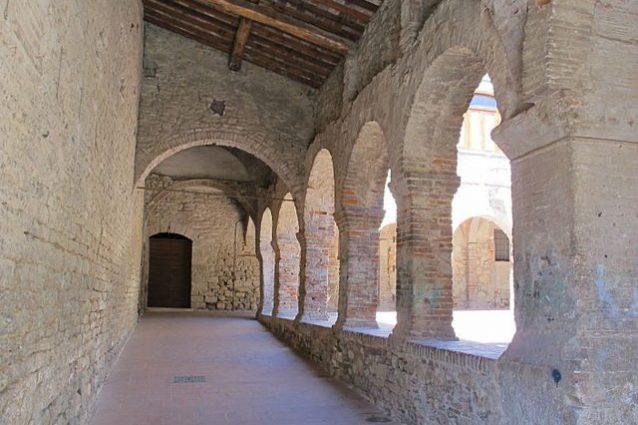 Suvereto, Chiostro di San Francesco – Foto Wikimedia Commons