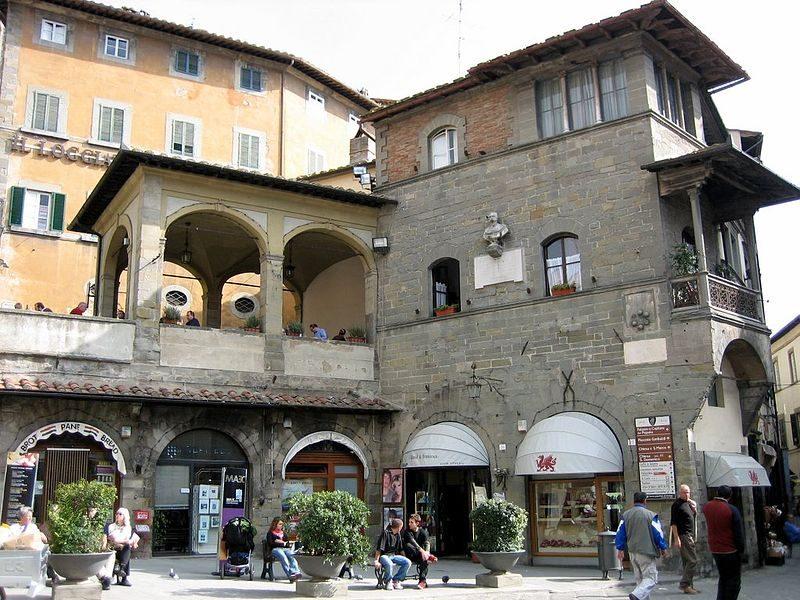 Piazza di Cortona