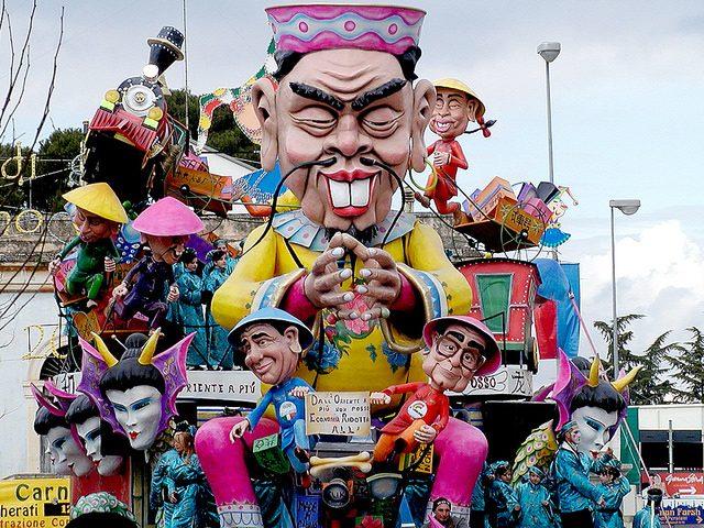 Carnevale di Putignano. Foto di Anacho Ankhe