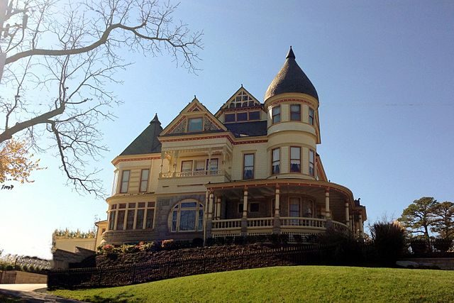 Queen Anne Mansion – Foto Wikimedia Commons