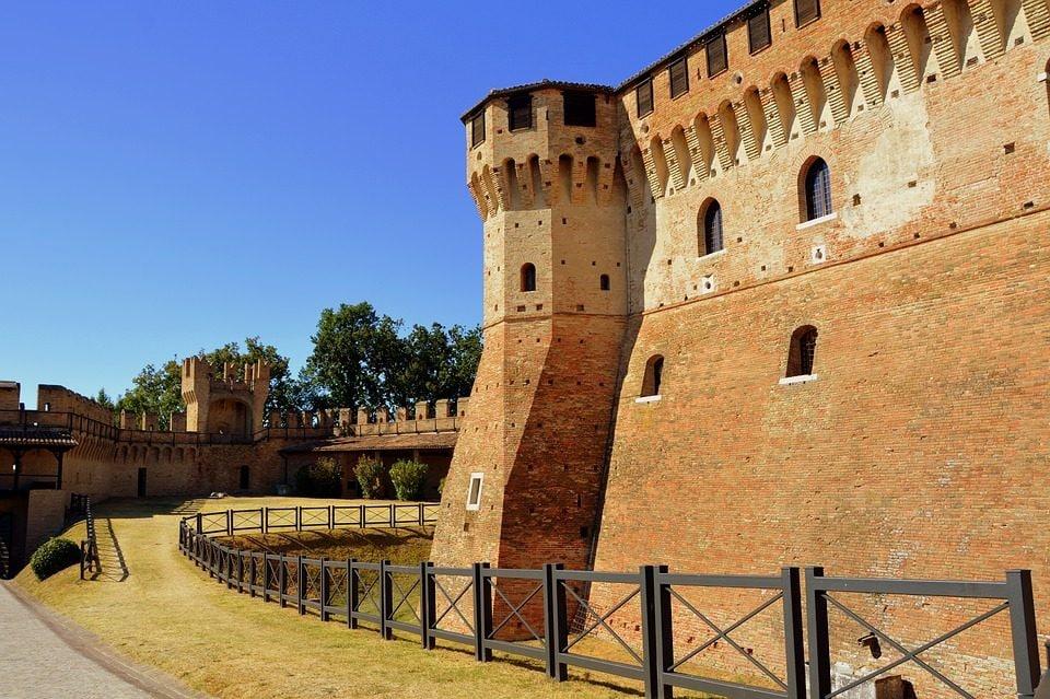 La Rocca di Gradara. Foto di pcdazero