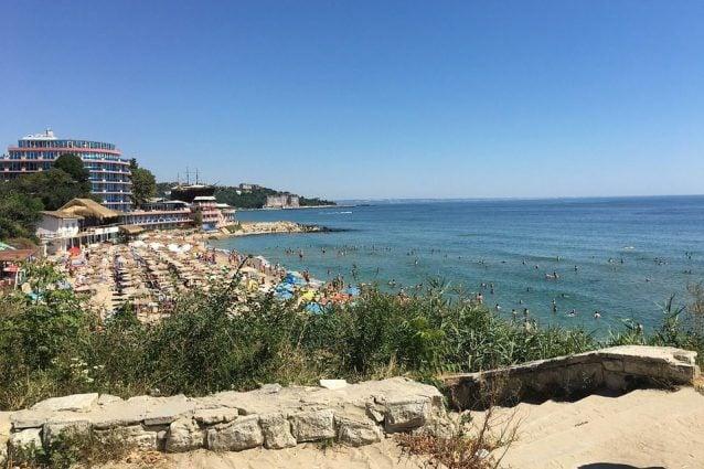 Spiaggia di Vrna. Foto di grant2jim