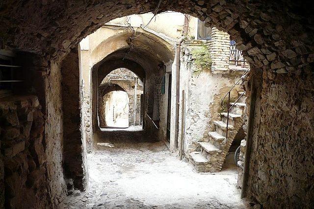 Centro di Bussana Vecchia – Foto Wikimedia Commons