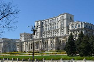 Il Palazzo del Parlamento di Bucarest: una visita inutile, ma necessaria
