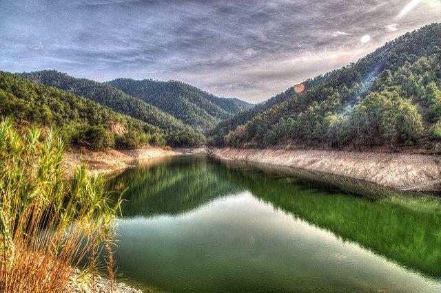 Trodos. Foto di Lefteris Katsouromallis