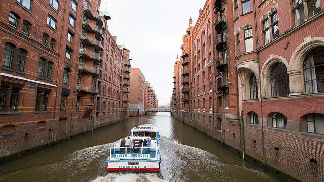 Tra i canali di Amburgo