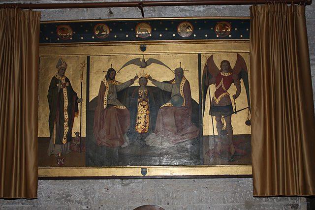 Trittico dell'Incoronazione della Vergine (XV secolo) nella Cattedrale di Saint Siffrein – Foto Wikimedia Commons