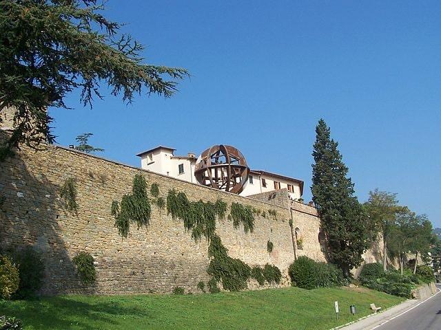 Mura di Vinci – Foto Wikimedia Commons