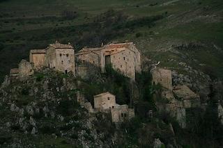 Elcito, dove il vento dialoga col silenzio
