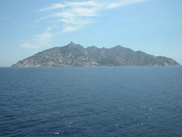 Isola di Montecristo – Foto Wikimedia Commons