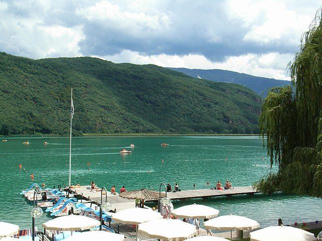 Lago di Caldaro – Foto Wikimedia Commons