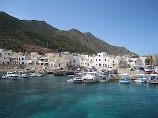 Marettimo, il paradiso selvaggio delle Egadi