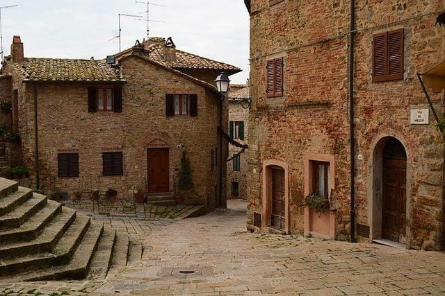 Centro storico di Monticchiello – Foto Wikipedia