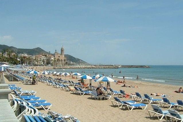 Spiaggia di Sitges – Foto Wikimedia Commons