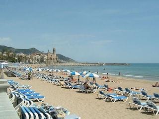 Sitges: mare e divertimento a pochi passi da Barcellona