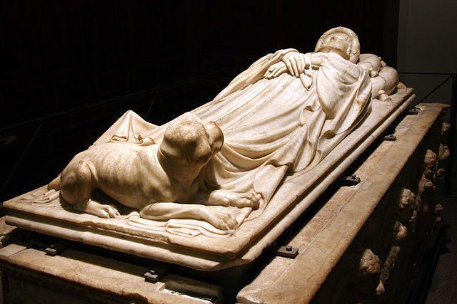 Monumento funebre di Ilaria del Carretto – Foto Wikipedia