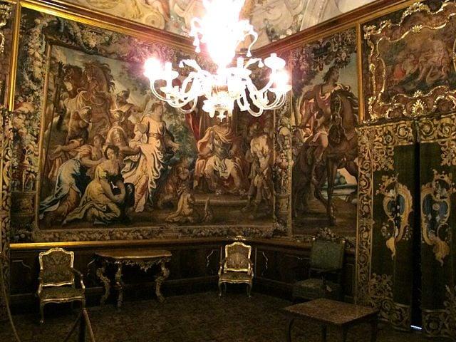Interno di Palazzo Mansi – Foto Wikimedia Commons