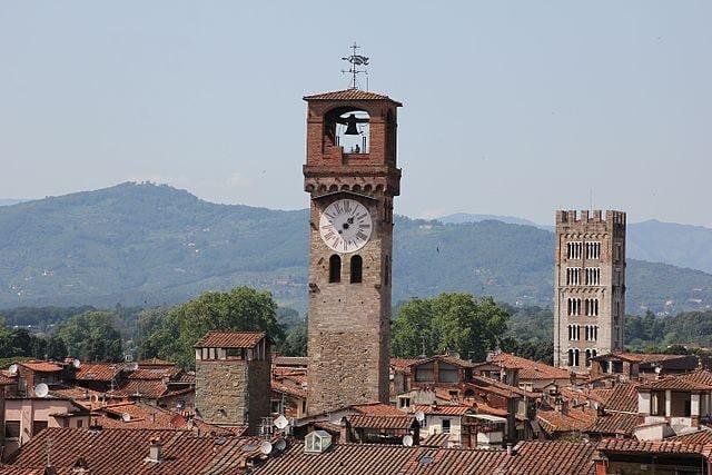 Torre delle Ore – Foto Wikimedia Commons
