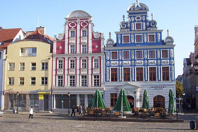 La caratteristica architettura del centro storico di Stettino – Foto Wikipedia