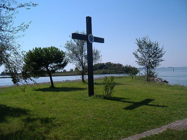Barbana, Croce del Giubileo del 2000 – Foto Wikipedia