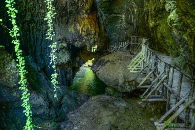 Grotte del Caglieron – Foto Peter Heeling