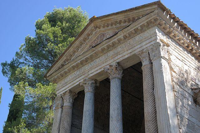 Tempietto del Clitunno – Foto Wikimedia Commons