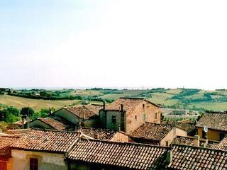 Visita a Mondolfo: il borgo che guarda il mare