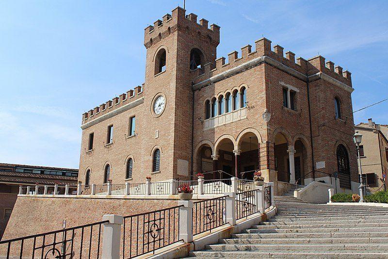 Palazzo comunale di Mondolfo