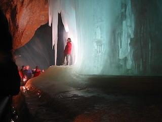Eisriesenwelt, le spettacolari grotte di ghiaccio in Austria