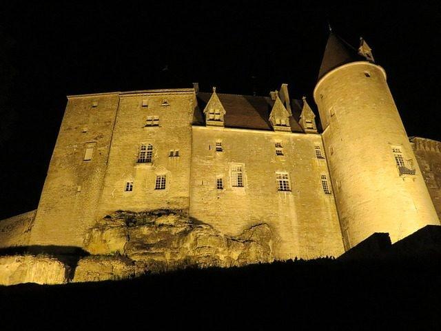 Chateauneuf–en–Auxois – Foto Pixabay