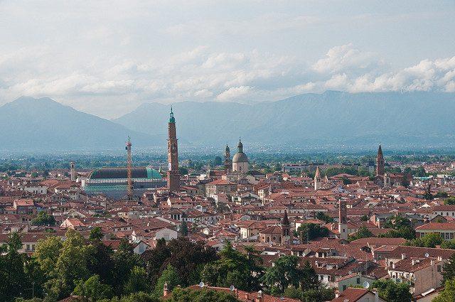 Vista di Vicenza dai Monti Berici