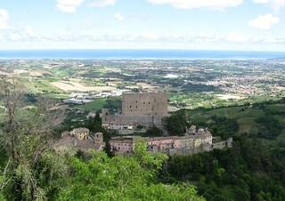 Montefiore Conca e la sua Rocca, custode di un amore senza tempo