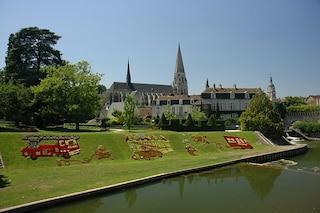 Vendôme, la pittoresca città dei fiori sulla Loira
