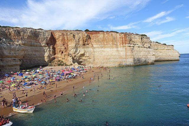 Spiaggia di Benagil – Foto Wikimedia Commons