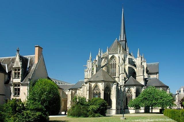 Abbazia della Trinità – Foto Wikipedia