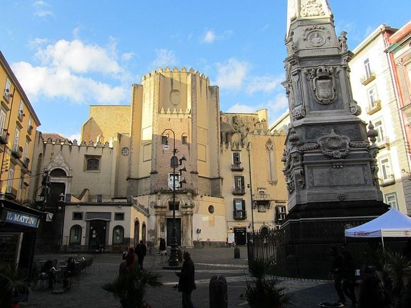 Piazza Domenico Maggiore
