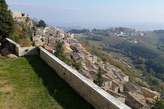 Civitella del Tronto, il borgo con una fortezza speciale