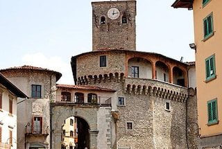 Castelnuovo e i fantastici paesaggi della Garfagnana