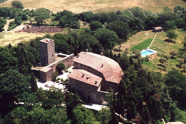 Castello di Petroia – Foto Wikipedia